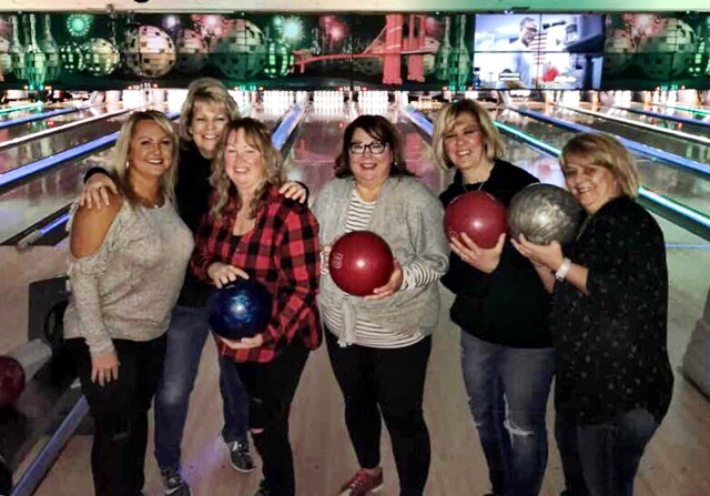 2018 Alumni and Friends Bowling 19