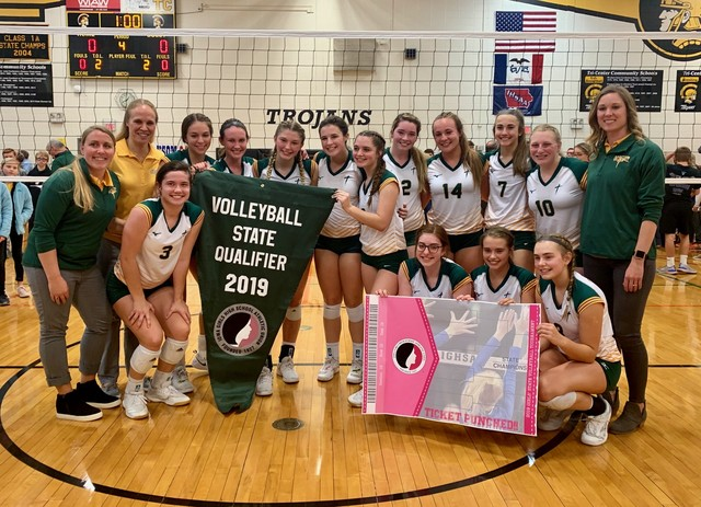 2019 Saintes Volleyball Regional Final vs Riverside 6