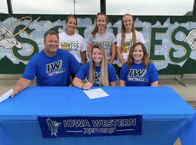 Shelby Hatcher signs with Iowa Western Softball 2