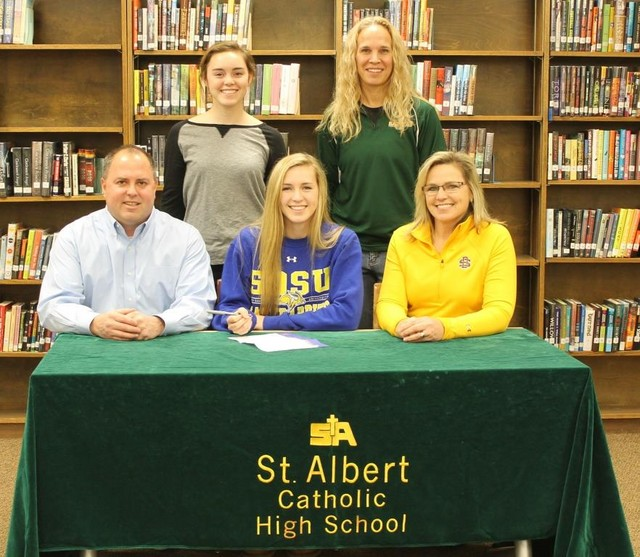 Matti Munger signs with South Dakota State